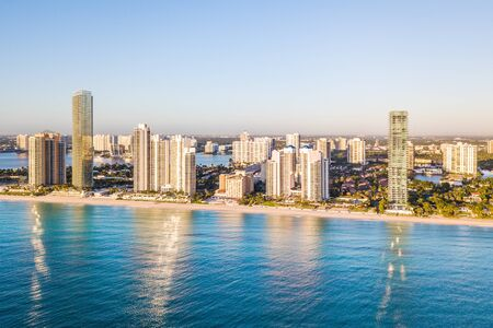 Aerial panorama of skyline at waterfront of South Florida Banco de Imagens