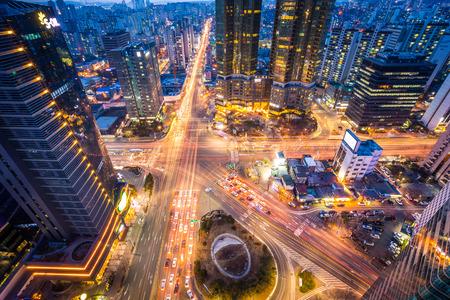 Seúl, Corea - 31 de enero de 2016: intersección en el centro de Seúl, Corea del Sur Foto de archivo