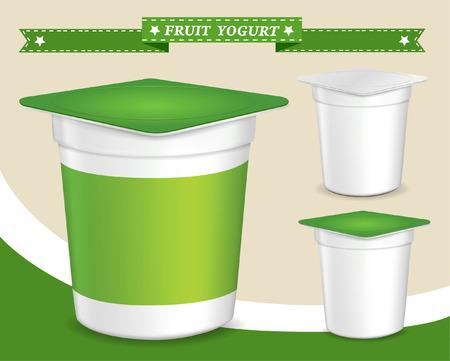 yaourts: r�cipient en plastique pour le yogourt (dessert, yaourt, contenant de yogourt, de la conception de l'emballage du yaourt, r�cipient en plastique alimentaire, la conception de l'emballage du yaourt) Illustration