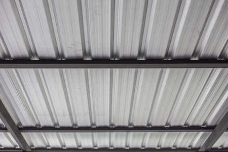 The structure of the metal sheet roof Zdjęcie Seryjne