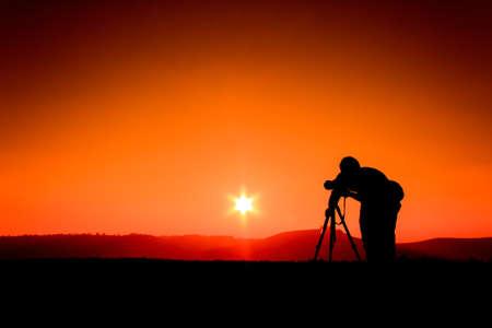 Silhouetten Fotografen Standard-Bild - 24878804