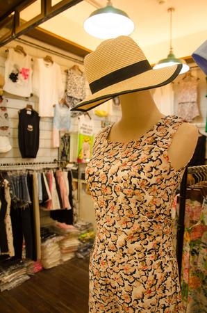 Mannequins shop fashion. color effects