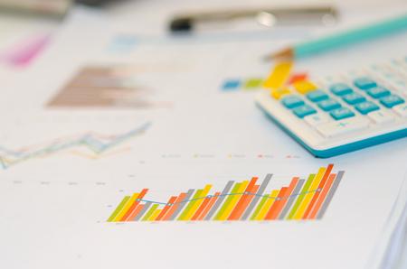 contabilidad financiera cuentas: Finanzas empresariales, contabilidad, estadísticas y concepto de la investigación analítica
