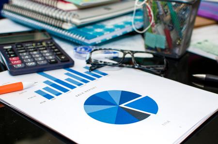 hoja de calculo: la oficina de mesa de hoja de cálculo y el análisis gráfico