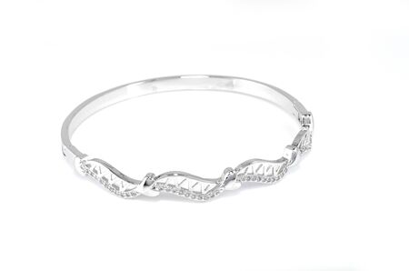 Beautiful fashion bracelet Diamond on a white background 版權商用圖片 - 127519895
