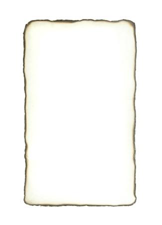papel quemado: Papel quemado sobre fondo blanco
