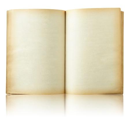 Viejo libro abierto en reflejan piso y fondo blanco Foto de archivo