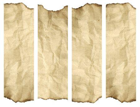 papel quemado: De alta resoluci�n de fondo antiguo papel quemado aislado en blanco. Se trata de un grupo de banners verticales