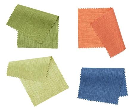 insieme di campione di colore tessuto isolato su sfondo bianco