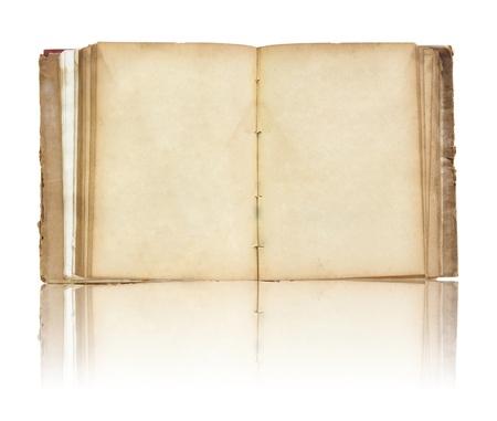 Vecchio libro aperto sulla riflettere piano e sfondo bianco Archivio Fotografico - 12646789