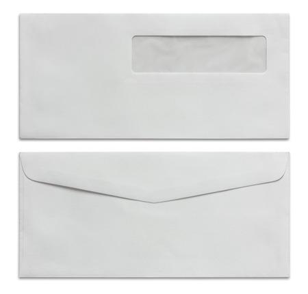 흰 봉투 클리핑 패스와 함께 흰색에 격리