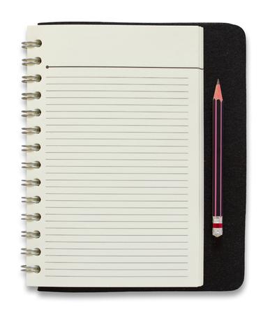 空白スパイラル メモ帳と鉛筆は、白い背景で隔離