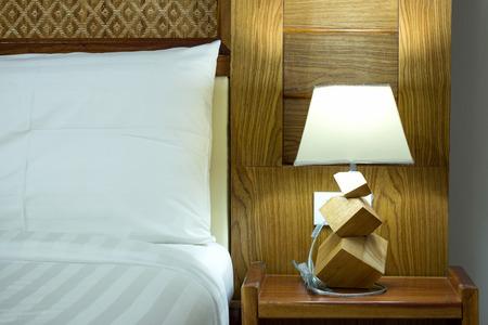 table lamp on bedroom Stockfoto