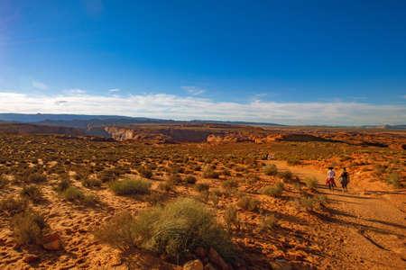 Hiking Grand Canyon Trip at Horseshoe bend, Arizona, USA 新聞圖片