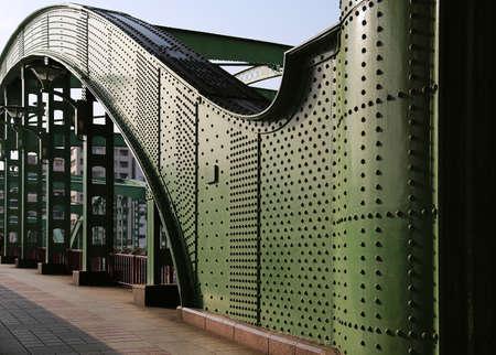 Curve design of Tokyo Sumida River iron bridge