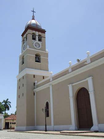 Catedral de la ciudad de Bayamo, provincia Granma, Cuba  Foto de archivo - 3449950