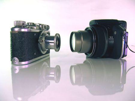 epoch: Film telecamere ultima epoca e una macchina fotografica digitale questa volta, un incontro di generazioni