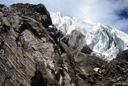 scrambling: Rock climbing in Himalaya
