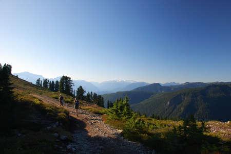 elfin: Hiking to Elfin Lake