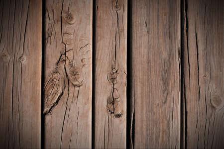 floorboards: Suelo de madera con nudos