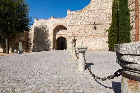 The ancient wall of Olmedo (Valladolid). San Miguel gate Editorial