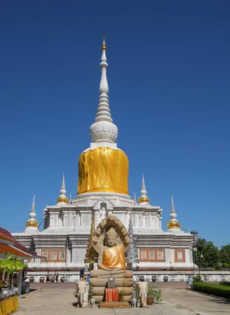 mahasarakham: THE BUHHDAS RELIC CONTAIN INSIDE