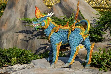 Himmapan animal statue in temple Thailand. Stockfoto