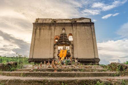 drown: Wat tai nam. wat jom nam. under water temple. old ruin temple. Sangkhlaburi. Kanjanaburi. Thailand