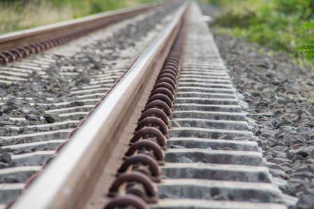 iron oxides: Spring clamp rails on the sleeper.