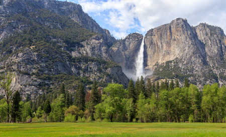 Bridalveil Fall - Swinging Bridge Picnic in Yosemite National Park, California, USA Stock Photo