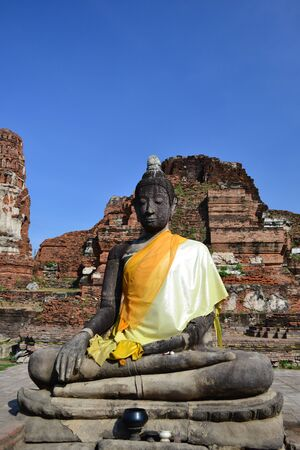 Statue of  Buddha at Wat Mahatat, Ayutthaya Thailand. photo