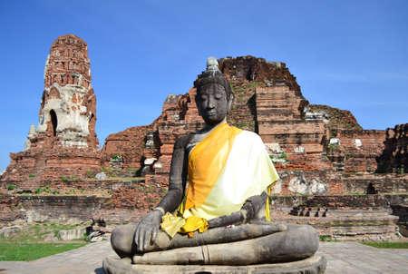 Statue of  Buddha at Wat Mahatat, Ayutthaya Thailand  photo