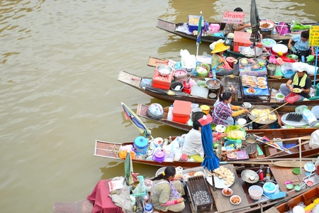 The way of life beside the Mae Klong River.