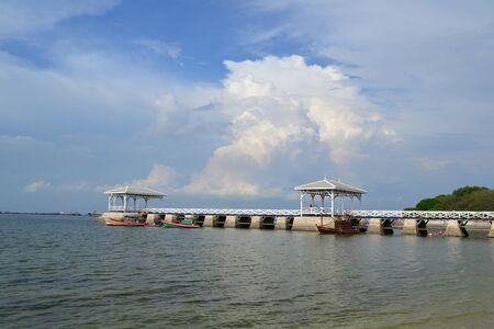 Beautiful wooden pier at Ko Si Chang (Si Chang  Island),Sriracha,Chonburi Province,Thailand,Asia Stock Photo - 15584870