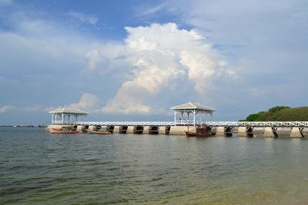 Beautiful wooden pier at Ko Si Chang (Si Chang  Island),Sriracha,Chonburi Province,Thailand,Asia Stock Photo - 15584862
