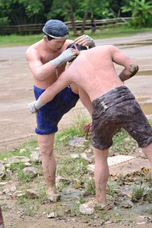 Estatua de boxeo tailand�s (Muay Thai), Tailandia, Asia.