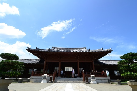 Chi Lin Nunnery is a large Buddhist temple complex located in Diamond Hill , Kowloon,Hong Kong. Stock Photo - 15996917