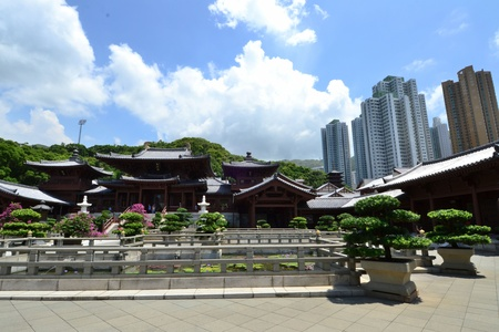 Chi Lin Nunnery is a large Buddhist temple complex located in Diamond Hill , Kowloon,Hong Kong.