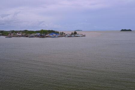 fischerei: Das Fischerdorf und die K�stenfischerei in der Provinz Chanthaburi. Thailand. Lizenzfreie Bilder