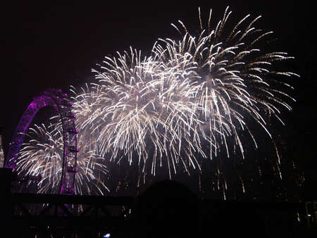 south london: New Years Eve Fireworks on The Thames