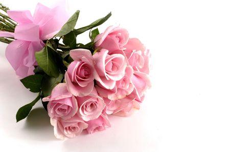 hermoso ramo de rosas de