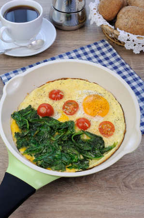 elevenses: Fried tomatoes and spinach with cheese