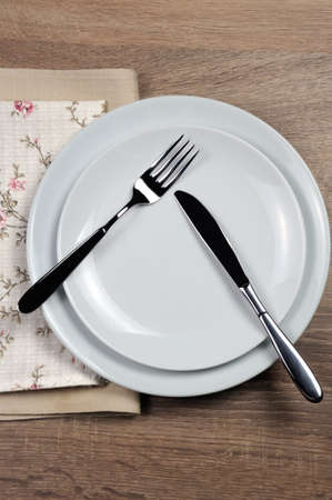 Dining etiquette - I still eat, pause. Fork and knife signals with location of cutlery set