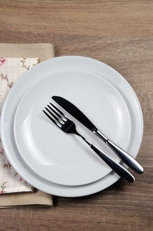 Etiqueta de comedor - Todavía como, Posición final. Señales de tenedor y cuchillo con ubicación de cubertería Foto de archivo