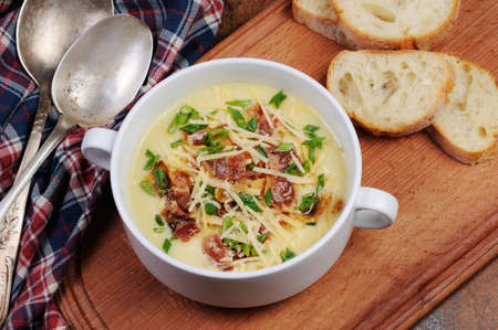 green onions: Creamy Loaded Baked Potato Soup with Bacon and Cheese,green onions
