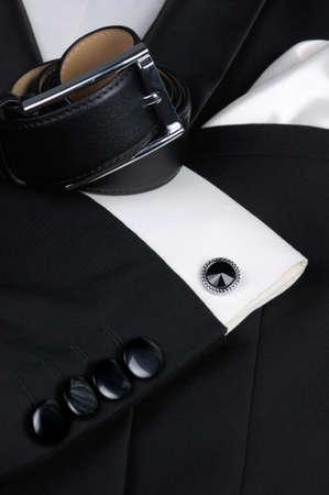 スカーフ、ベルト、カフス、ネクタイ蝶必要なタキシードのためのアクセサリーのセット