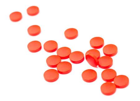 Geneeskrachtige pillen stapelden omhoog een bos van close-up