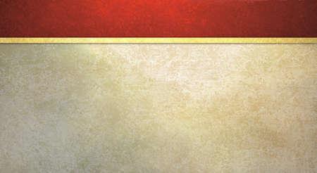 formele achtergrond met vintage rode spons textuur en oude witte muur illustratie met geel gouden lint voor web template Stockfoto