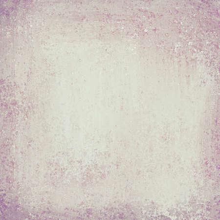 빈티지 그런 지 질감과 하이라이트와 copyspace 오래 된 양피지 표정으로 베이지 색 흰색 또는 밝은 회색 종이 배경