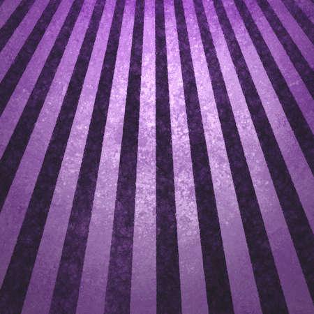 紫色の青い背景のレトロなストライプのストライプの壁紙パターン ビンテージ グランジ背景太陽光線設計古い色あせた背景レトロ アンティーク紙